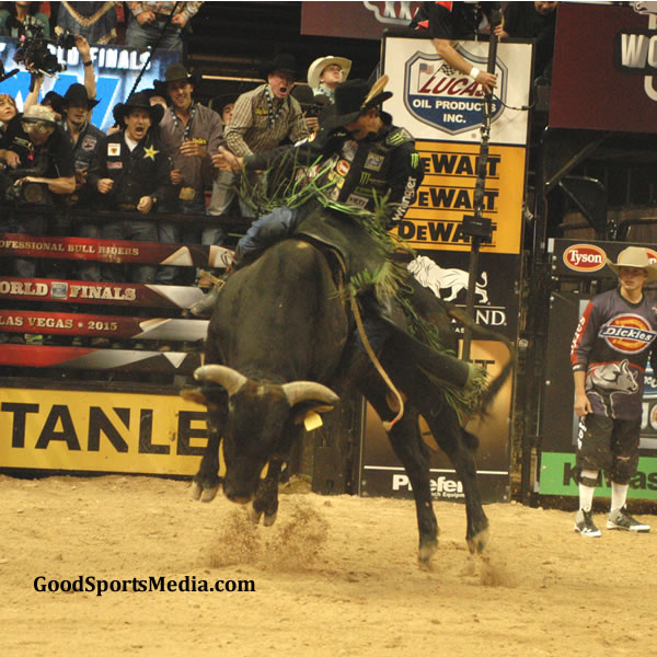 J.B. Mauney - PBR World Finals